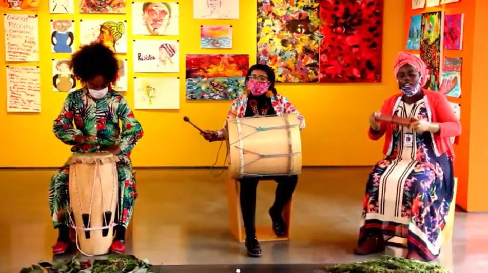 Mujeres afrocolombianas practican rituales ancestrales de sanación